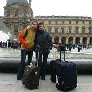 Din-Paris,-cu-dragoste-luvru q