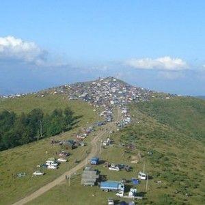 Targul-de-fete-de-pe-Muntele-Gaina-munte gaina 1