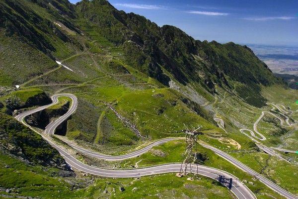 Transfagarasanul-este-cel-mai-spectaculos-drum-din-lume-Transfagarasan-