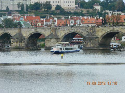 Orasul-de-aur,-Praga-Podul de piatra