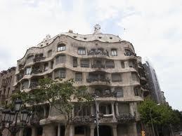 Pe-urmele-lui-Gaudi-la-Barcelona-casa milla barcelona