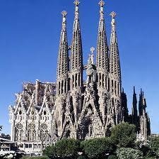Pe-urmele-lui-Gaudi-la-Barcelona-sagrada familia