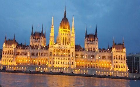 Fantezie si culoare pe Dunare la Budapesta