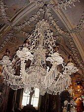 Sedlec-Ossuary candelabru